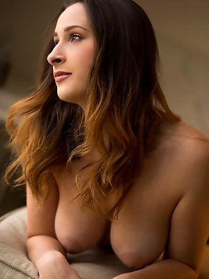 Ashley Adams is the definition of a real woman pics ~ SexyNakedModels.com